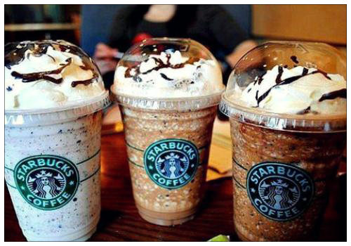 Чашки с кофе.
