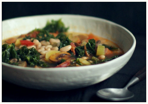 Тарелка с супом.