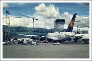 Крeпнейший аэропорт Европы — Rhein-Main-Flughafen.
