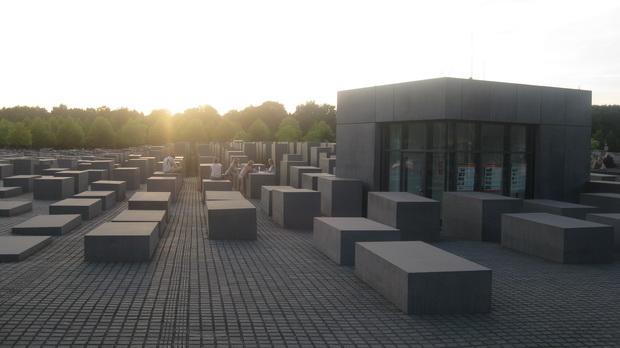 Мемориал памяти убитых евреев Европы в Берлине.